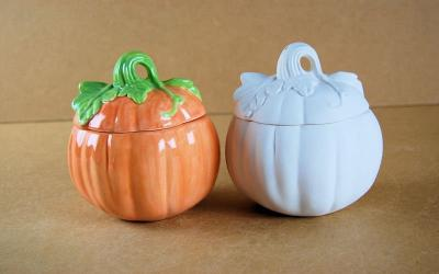 Rear of Pumpkin With Lid